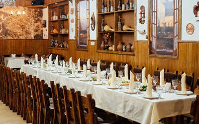 Банкетный зал ресторана Кинтаури на Металлургической улице