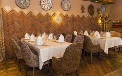 Банкетный зал ресторана Чайхана Инжир на Каланчевской улице фото 2