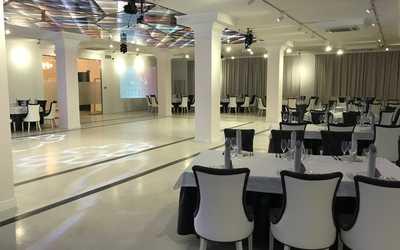 Банкетный зал ресторана Джентльмены удачи на улице Суворова фото 2