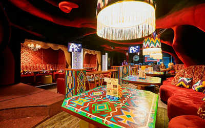 Банкетный зал караоке клуб Мелодия Востока на улице Гагарина фото 2