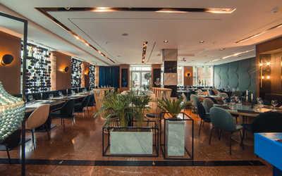 Банкетный зал ресторана Virid Yard (Вирид Ярд) на улице Волкова фото 1