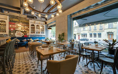 Банкетный зал ресторана Fromage (Фромаж) на улице Ленина фото 2