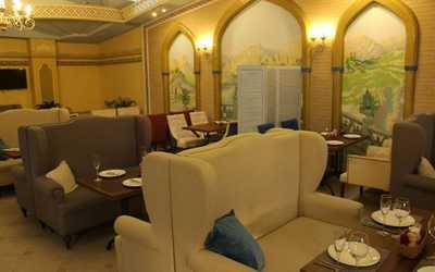 Банкетный зал кафе Инжир на проспекте Чекистов