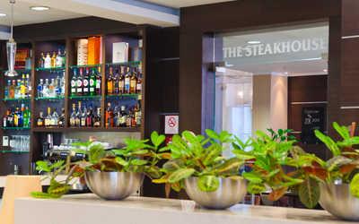 Банкетный зал ресторана The Steakhouse (Стейк Хаус) на улице Карла Маркса фото 3
