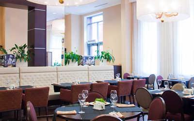 Банкетный зал ресторана The Steakhouse (Стейк Хаус) на улице Карла Маркса фото 2