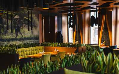 Банкетный зал кафе Манеки (Maneki) на Сенной площади фото 1