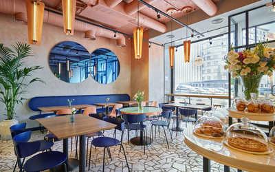 Банкетный зал кафе Cooker's Gourmet Cafe на Кузнецком мосту фото 3