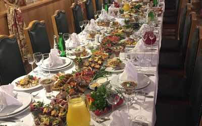 Банкетный зал ресторана Festus в деревне Семенково фото 1