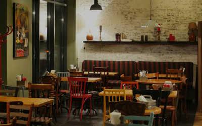 Банкетный зал кафе Ели Сацебели в Береговом проезде фото 1