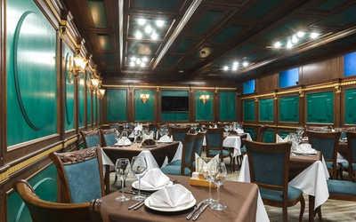 Банкетный зал ресторана Ирис на улице Декабристов фото 2