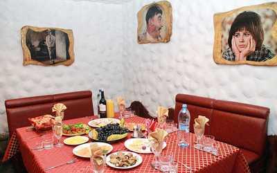 Банкетный зал кафе Лаваш (бывш. Приключения Шурика) на улице Партизанской фото 1