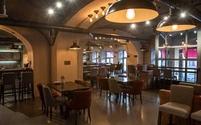Банкетный зал кафе Gino bar e cucina в Биржевом переулке фото 1