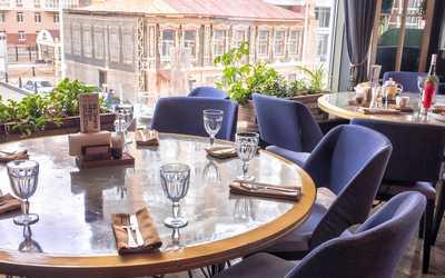 Банкетный зал ресторана GRAND Урюк на улице Сакко и Ванцетти фото 3