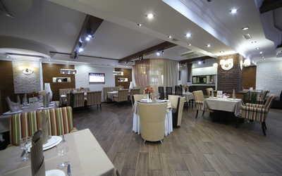 Банкетный зал кафе Бутлер (Butler) на Бутлерова фото 3