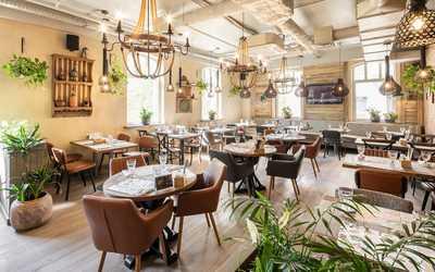 Банкетный зал ресторана Джонджоли на Малой Сухаревской площади фото 3